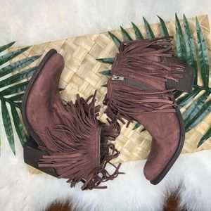 Independent boot co. brown suede fringe ankle boot